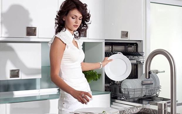 máy rửa bát dùng có tốn nước không