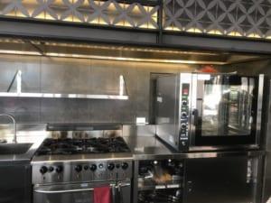 lò hấp nướng đa năng EKA tại nhà hàng Tanh Tách